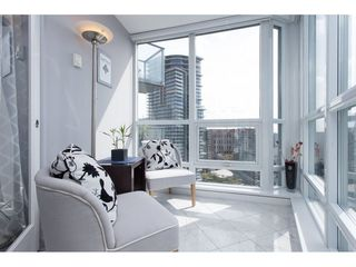 "Photo 13: 2605 833 SEYMOUR Street in Vancouver: Downtown VW Condo for sale in ""CAPITOL RESIDENCES"" (Vancouver West)  : MLS®# R2064334"