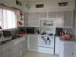 Photo 2: 640 8 Avenue NE in Calgary: Renfrew House for sale : MLS®# C4066207