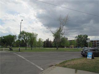 Photo 18: 640 8 Avenue NE in Calgary: Renfrew House for sale : MLS®# C4066207