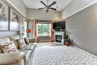 Photo 2: 408 14399 103 Avenue in Surrey: Whalley Condo for sale (North Surrey)  : MLS®# R2104636