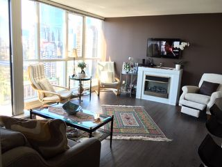 """Photo 4: 2401 1199 SEYMOUR Street in Vancouver: Downtown VW Condo for sale in """"Brava"""" (Vancouver West)  : MLS®# R2107158"""