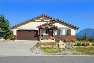 Photo 1: 5779 TURNSTONE Drive in Sechelt: Sechelt District House for sale (Sunshine Coast)  : MLS®# R2112561