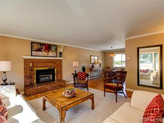 Photo 6: 10417 Finch Pl in SIDNEY: Si Sidney North-East House for sale (Sidney)  : MLS®# 744414