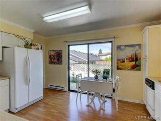 Photo 5: 10417 Finch Pl in SIDNEY: Si Sidney North-East House for sale (Sidney)  : MLS®# 744414