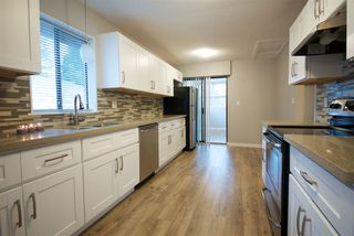 Photo 1: 33122 MYRTLE Avenue in Mission: Mission BC House for sale : MLS®# R2136886