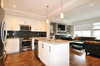 "Photo 5: 24 11461 236 Street in Maple Ridge: East Central Townhouse for sale in ""TWO BIRDS"" : MLS®# R2146030"