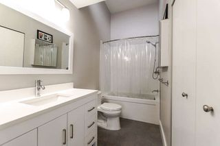 """Photo 11: 313 3875 W 4TH Avenue in Vancouver: Point Grey Condo for sale in """"LANDMARK JERICHO"""" (Vancouver West)  : MLS®# R2156496"""