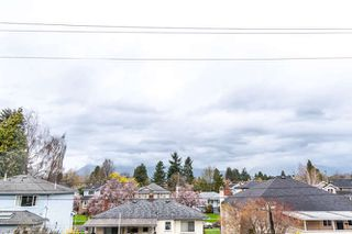 """Photo 15: 313 3875 W 4TH Avenue in Vancouver: Point Grey Condo for sale in """"LANDMARK JERICHO"""" (Vancouver West)  : MLS®# R2156496"""