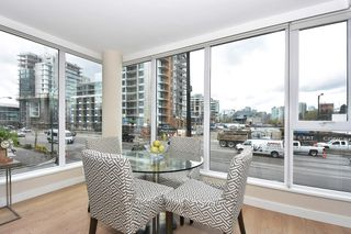 "Photo 3: 205 1618 QUEBEC Street in Vancouver: Mount Pleasant VE Condo for sale in ""CENTRAL"" (Vancouver East)  : MLS®# R2158155"