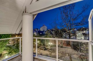 "Photo 3: 758 W 15TH Avenue in Vancouver: Fairview VW Townhouse for sale in ""Sixteen Willows"" (Vancouver West)  : MLS®# R2170296"
