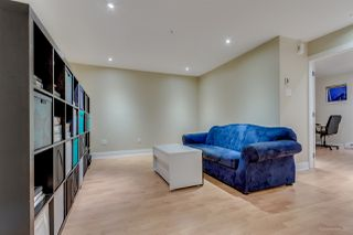 "Photo 17: 758 W 15TH Avenue in Vancouver: Fairview VW Townhouse for sale in ""Sixteen Willows"" (Vancouver West)  : MLS®# R2170296"