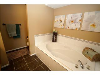 Photo 12: 70 TUSCANY RIDGE View NW in Calgary: Tuscany House for sale : MLS®# C4120066