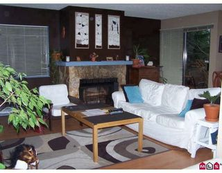 Photo 2: 208 13275 70B Ave in Surrey: Home for sale : MLS®# F2832675