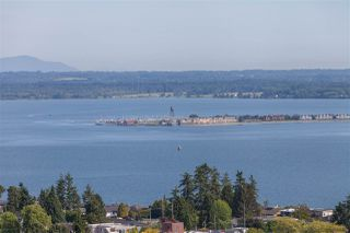 "Photo 1: 1301 1473 JOHNSTON Road: White Rock Condo for sale in ""Miramar Towers"" (South Surrey White Rock)  : MLS®# R2174785"