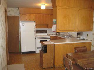 Photo 7: 161 Helmsdale Avenue in Winnipeg: East Kildonan Residential for sale (3C)  : MLS®# 1715945