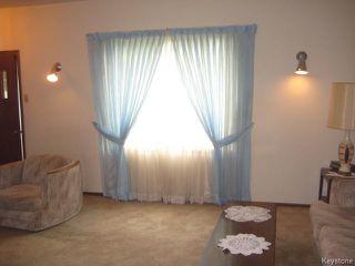 Photo 4: 161 Helmsdale Avenue in Winnipeg: East Kildonan Residential for sale (3C)  : MLS®# 1715945