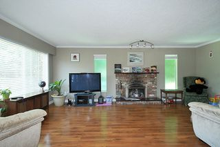 Photo 2: 11950 210 Street in Maple Ridge: Southwest Maple Ridge House for sale : MLS®# R2180158