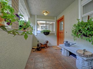 Photo 18: 2324 Esplanade in VICTORIA: OB Estevan Row/Townhouse for sale (Oak Bay)  : MLS®# 766666
