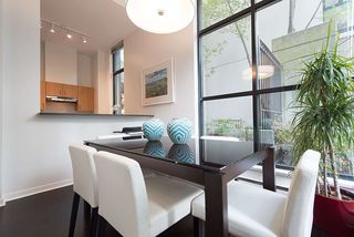Photo 4: 1273 RICHARDS STREET in Vancouver: Downtown VW Condo for sale (Vancouver West)  : MLS®# R2202349