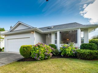 Photo 1: 2001 VALLEY VIEW DRIVE in COURTENAY: CV Courtenay East House for sale (Comox Valley)  : MLS®# 770574