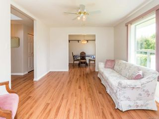 Photo 13: 2001 VALLEY VIEW DRIVE in COURTENAY: CV Courtenay East House for sale (Comox Valley)  : MLS®# 770574