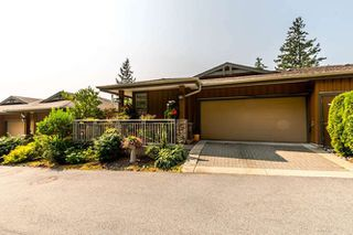 """Photo 2: 8571 SEASCAPE Lane in West Vancouver: Howe Sound Townhouse for sale in """"Seascapes"""" : MLS®# R2215232"""