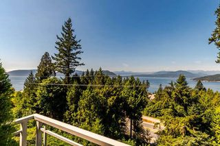 """Photo 19: 8571 SEASCAPE Lane in West Vancouver: Howe Sound Townhouse for sale in """"Seascapes"""" : MLS®# R2215232"""