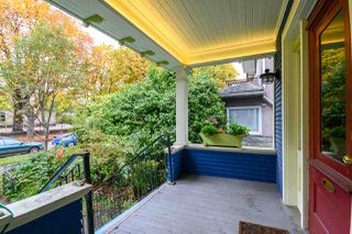 "Photo 2: 1362 E 10TH Avenue in Vancouver: Grandview VE House for sale in ""COMMERCIAL DRIVE"" (Vancouver East)  : MLS®# R2215470"