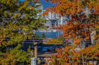 Photo 2: 4 1040 W 7TH Avenue in Vancouver: Fairview VW Condo for sale (Vancouver West)  : MLS®# R2217986