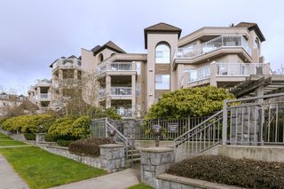"""Photo 1: 508 1128 SIXTH Avenue in New Westminster: Uptown NW Condo for sale in """"Kingsgate"""" : MLS®# R2230394"""