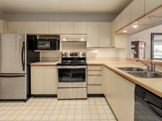 "Photo 5: 322 7453 MOFFATT Road in Richmond: Brighouse South Condo for sale in ""COLONY BAY"" : MLS®# R2237265"