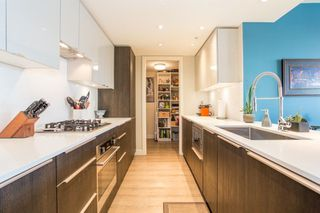 """Photo 3: 412 1588 E HASTINGS Street in Vancouver: Hastings Condo for sale in """"Boheme"""" (Vancouver East)  : MLS®# R2239215"""