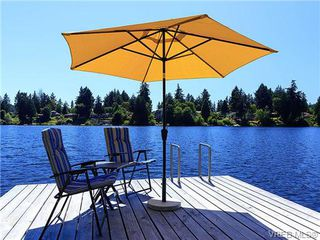 Photo 3: 1035 Loch Glen Place in VICTORIA: La Glen Lake Residential for sale (Langford)  : MLS®# 359159