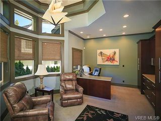 Photo 15: 1035 Loch Glen Place in VICTORIA: La Glen Lake Residential for sale (Langford)  : MLS®# 359159