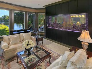 Photo 11: 1035 Loch Glen Place in VICTORIA: La Glen Lake Residential for sale (Langford)  : MLS®# 359159