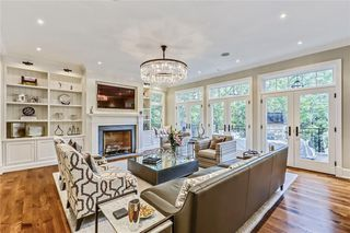Photo 9: 128 POSTHILL Drive SW in Calgary: Springbank Hill House for sale : MLS®# C418744