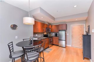 Photo 4: 304 611 Brookside Road in VICTORIA: Co Latoria Condo Apartment for sale (Colwood)  : MLS®# 389292