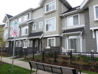 "Photo 1: 5 31098 WESTRIDGE Drive in Abbotsford: Abbotsford West Townhouse for sale in ""HARTWELL"" : MLS®# R2258375"