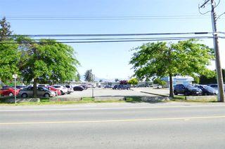 "Photo 2: 17 45296 WATSON Road in Sardis: Vedder S Watson-Promontory Townhouse for sale in ""CHELSEA"" : MLS®# R2268878"