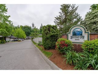"Photo 2: 16 36060 OLD YALE Road in Abbotsford: Abbotsford East Townhouse for sale in ""Mountain View Village"" : MLS®# R2269722"