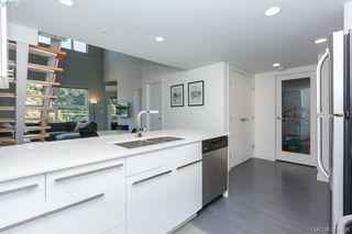 Photo 5: 402 2871 JACKLIN Road in VICTORIA: La Langford Proper Condo Apartment for sale (Langford)  : MLS®# 391906