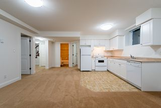 Photo 38: 969 BELVEDERE Drive in North Vancouver: Canyon Heights NV House for sale : MLS®# R2274922