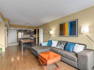 Photo 5: 708 200 KEARY Street in New Westminster: Sapperton Condo for sale : MLS®# R2284751
