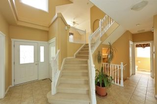 Photo 3: 526 FALCONER Place in Edmonton: Zone 14 House for sale : MLS®# E4128589