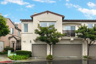 Photo 1: CARMEL VALLEY Condo for sale : 2 bedrooms : 3763 Carmel View Road #6 in San Diego