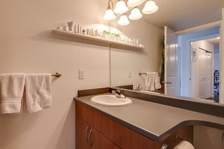 "Photo 16: 204 38003 SECOND Avenue in Squamish: Downtown SQ Condo for sale in ""SQUAMISH POINTE"" : MLS®# R2327288"