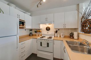 "Photo 9: 204 38003 SECOND Avenue in Squamish: Downtown SQ Condo for sale in ""SQUAMISH POINTE"" : MLS®# R2327288"