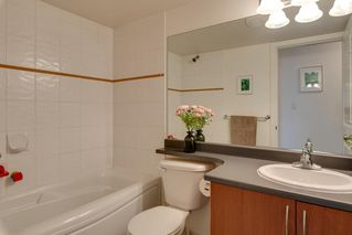 "Photo 15: 204 38003 SECOND Avenue in Squamish: Downtown SQ Condo for sale in ""SQUAMISH POINTE"" : MLS®# R2327288"