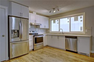 Photo 5: 1728 54 Street SE in Calgary: Penbrooke Meadows Detached for sale : MLS®# C4220376