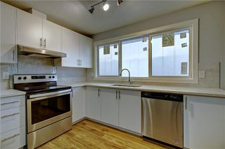 Photo 4: 1728 54 Street SE in Calgary: Penbrooke Meadows Detached for sale : MLS®# C4220376